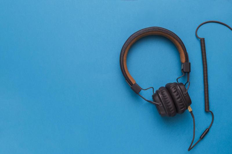 Jakie słuchawki nauszne do 100 zł