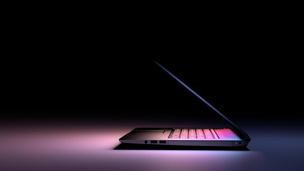 Który laptop do 2500 najlepszy